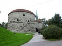 Морские ворота Ревеля с башенкой (справа), где был заключён митрополит Арсений